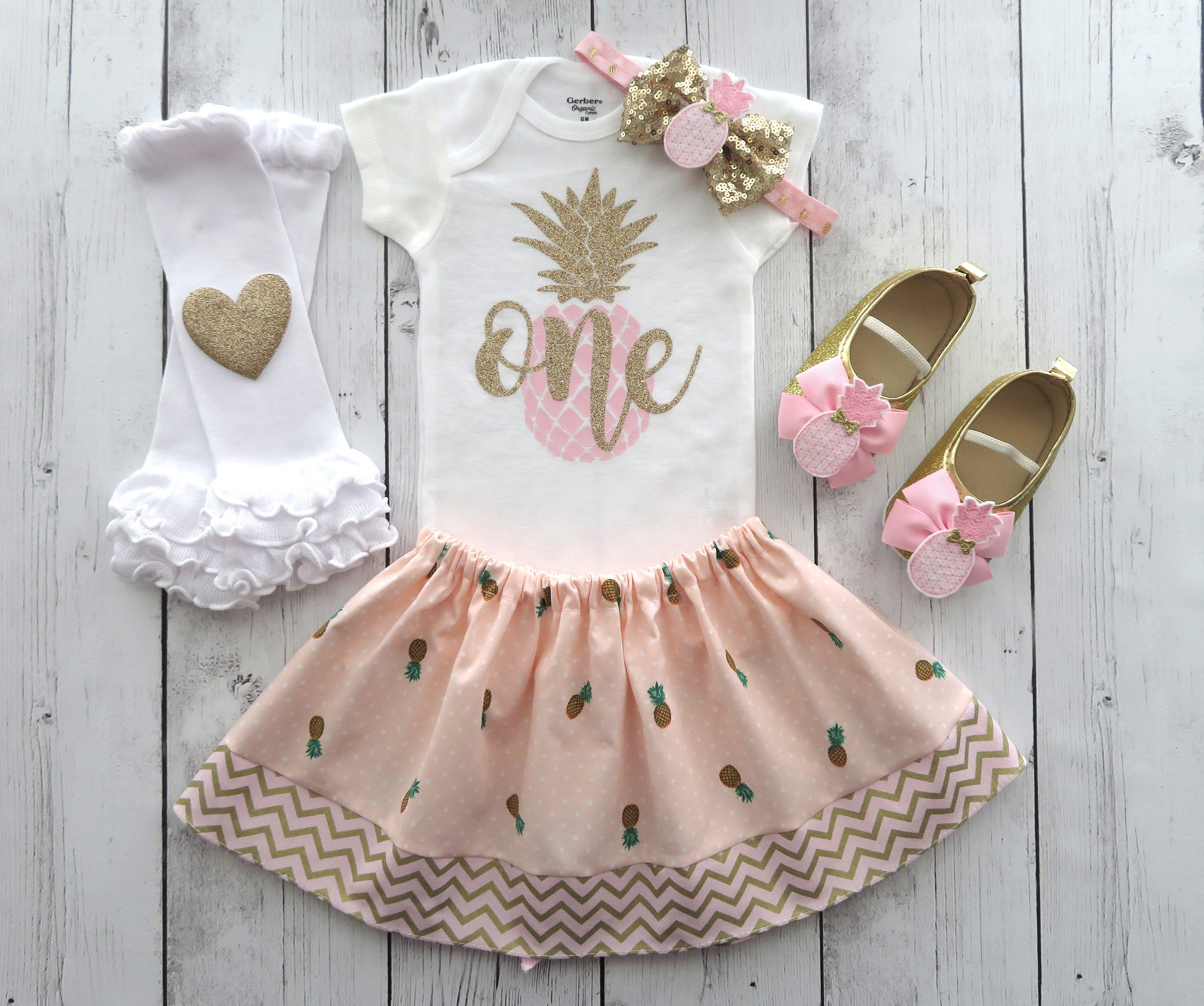 Pineapple First Birthday Outfit in Pink and Gold - Luau birthday outfit, 1st birthday outfit, summer birthday outfi girl, aloha birthday