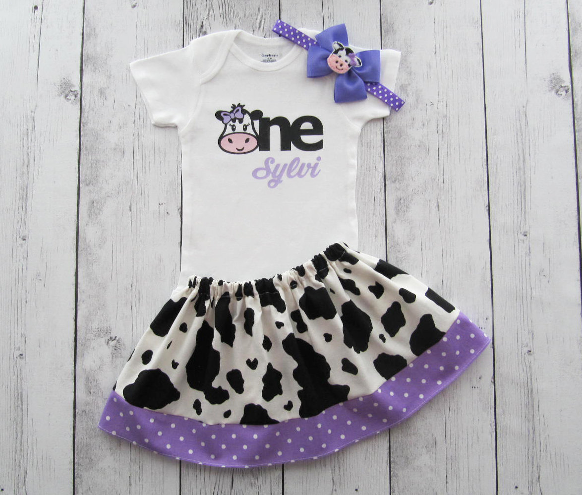 First Birthday Outfit in Cow print and purple dots - barnyard birthday outfit, farm animal birthday girl, personalized, barnyard outfit girl