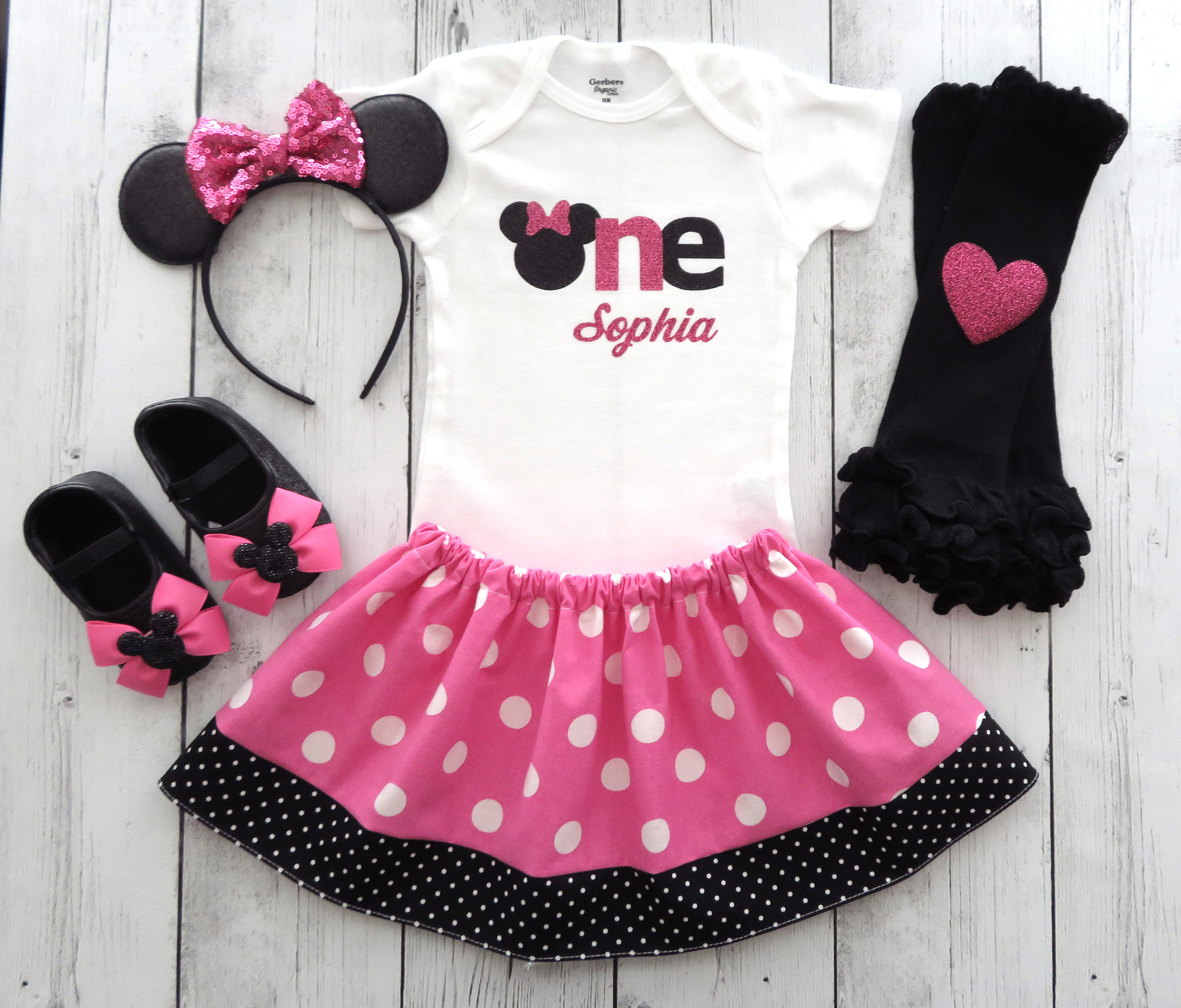 Minnie Mouse First Birthday Outfit in pink polka dots with Minnie Ears and minnie shoes - 1st bday outfit girl, minnie mouse first birthday