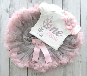 Snowflake First Birthday Outfit with Pink and Grey Tutu / Pettiskirt - snow much fun to be one, snowflake birthday, winter onederland girl